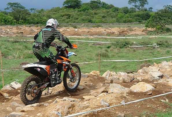 Motocross Scrambling Competition Rivalry Traverse