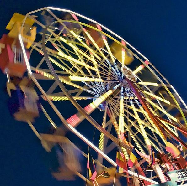 Ferris Wheel Funfair Wheel Helm Amusement Park Nig
