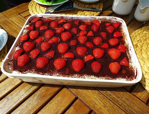 Tiramisu Strawberries Sweet Dish Delicious Delight