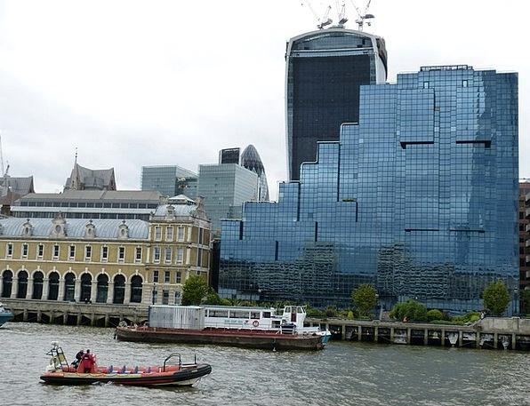 London Buildings Architecture England River Thames