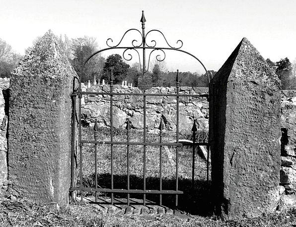 Gate Cemetery Graveyard Entrance Arrival Spooky Go