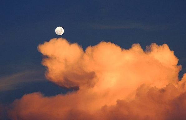 Clouds Vapors Romanticize Sky Blue Moon Day Diurna