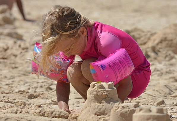 Sand Castle Youngster Girl Lassie Child Pink Flush