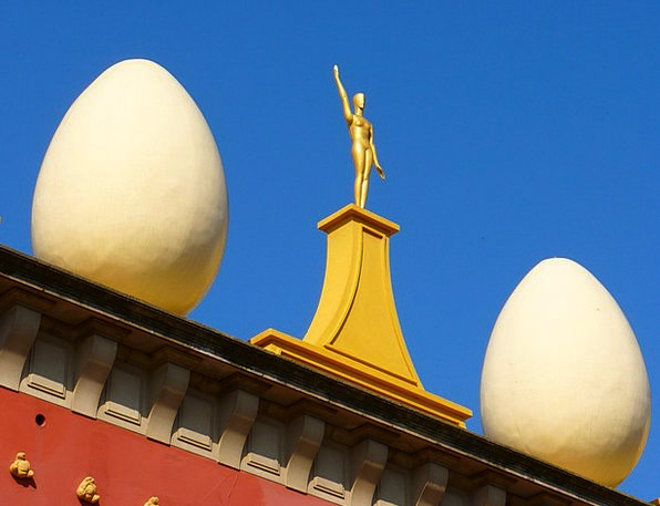 Fig Excellent Egg Ovum Golden White Snowy Sky Muse