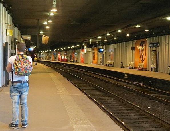 Metro Station Departure Leaving Paris