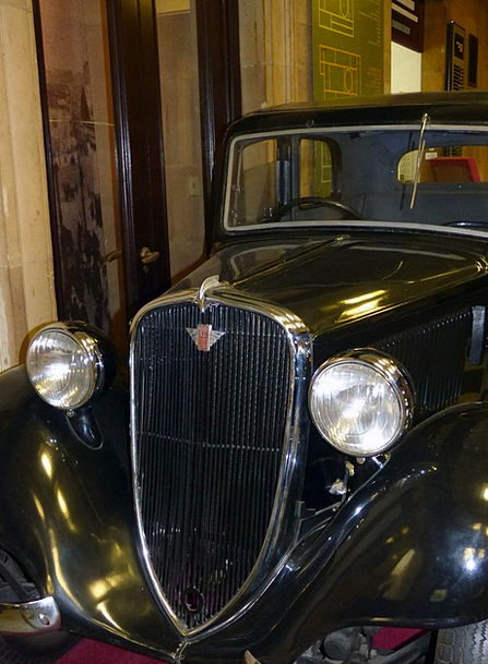 Car Carriage Traffic Memorial Transportation Histo