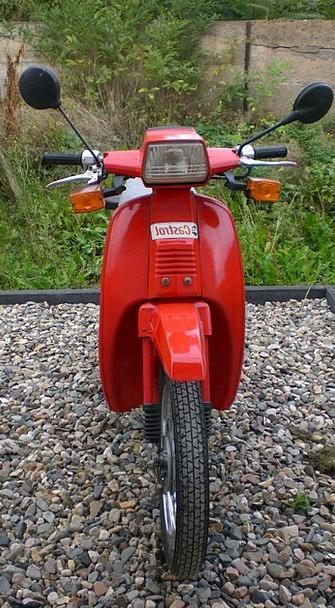 Two Wheeled Vehicle Breaker Red Bloodshot Roller M