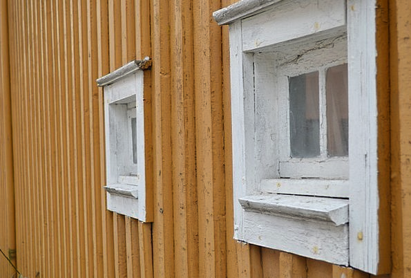 Tønsberg Gaps Yellow Creamy Windows