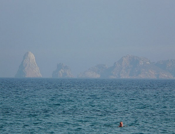 Sea Marine Dip Swimmer Bather Swim Karst Islands M