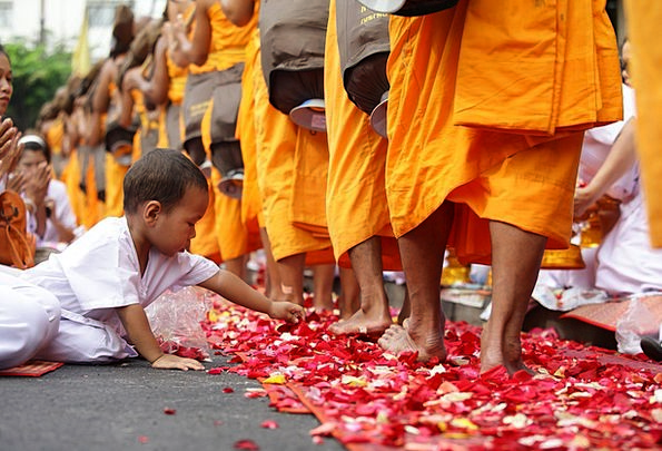 Thailand Youngster Buddhists Child Asia Boy Lad Ce