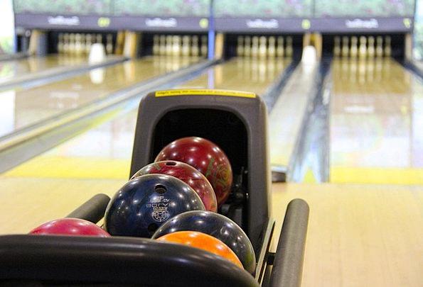Bowling Careening Interesting Bowling Balls Colorf