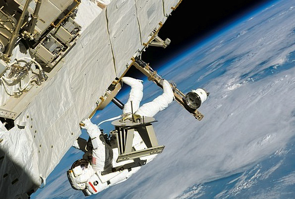 Astronaut Cosmonaut Wear Protective Clothing Space