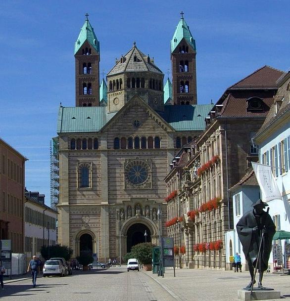 Pilgrims Travelers Maximilianstrasse Bronze Statue