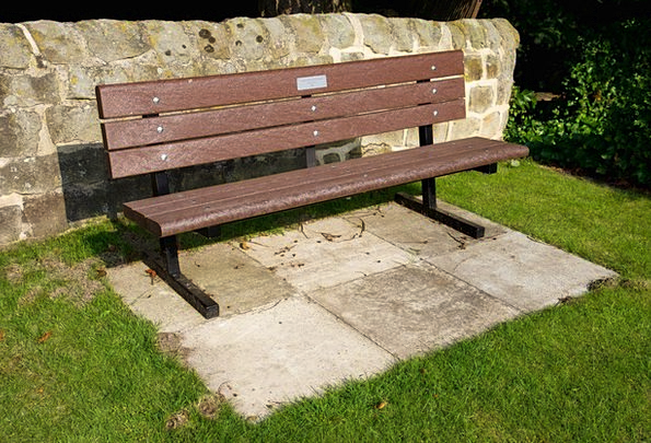 Bench Seat Timber Sitting Sedentary Wooden Lawn Gr