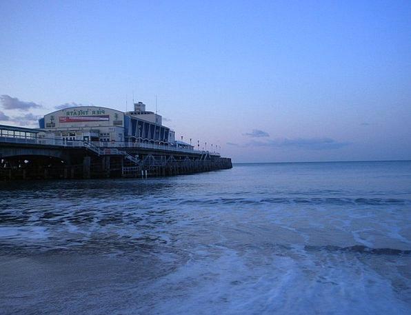 Bournemouth Pier Vacation Seashore Travel England