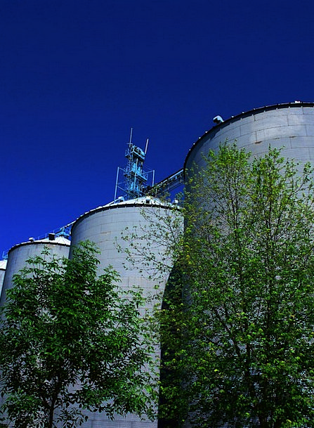 Silos Storage tower Craft Enormous Industry Tall H