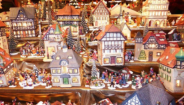Christmas Market Families Figures Statistics Homes