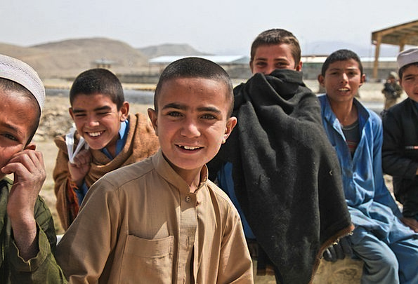 Children Broods Attractive Afghanistan Cute Person
