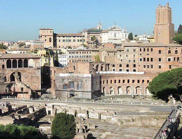 Foro Di Traiano Buildings Architecture Italy Rome