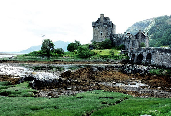 Eilean Donan Castle Monuments Fortress Places Scot