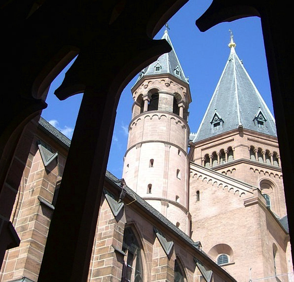 Tracery Views Barbicans Dom Towers Mainz