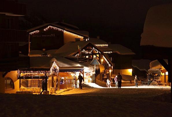 Christmas Buildings Twilight Architecture Festive