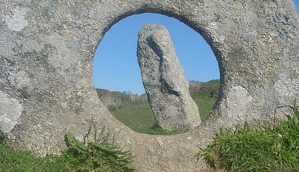 Men-An-Tol Element Cornwall Brick South Gland Devi