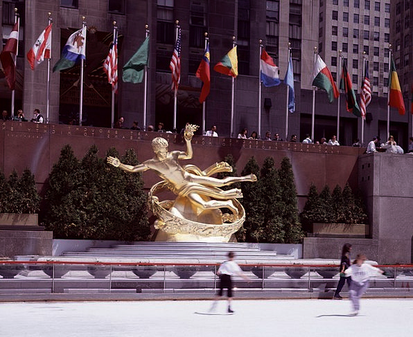 New York City Monuments Places Ice Skating Rockefe