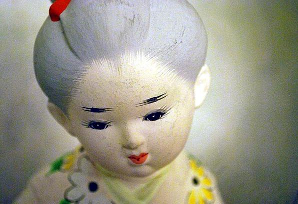 Doll Statuette China Porcelain Figurine Statue Art