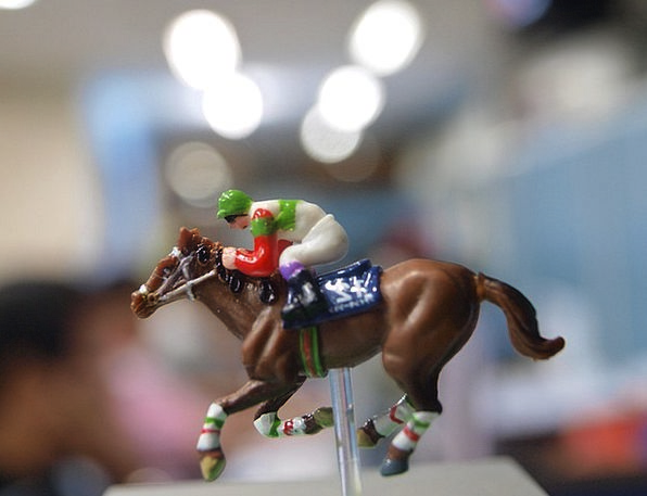 Miniature Small Doll Horse Mount Toy Race Competit