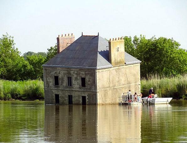 Brittany France Loire Versinkendes Home