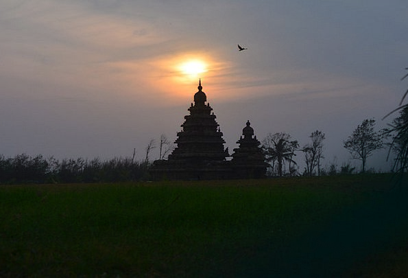 Mahabalipuram Monuments Dawn Places Shore Temple S