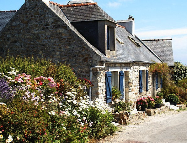 Cottage Hut Vacation Travel France Brittany Vacati