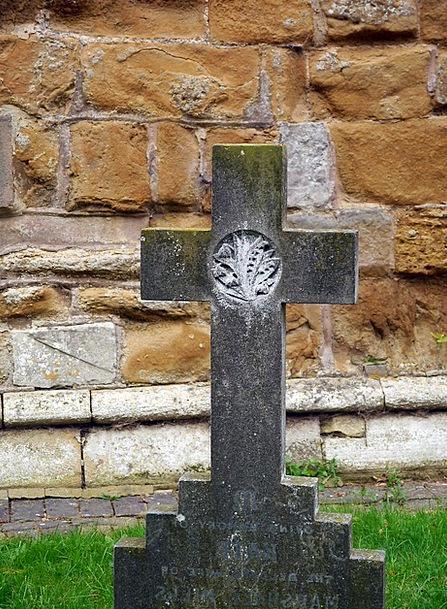 Tombstone Irritated Cemetery Cross Tomb Grave Seri