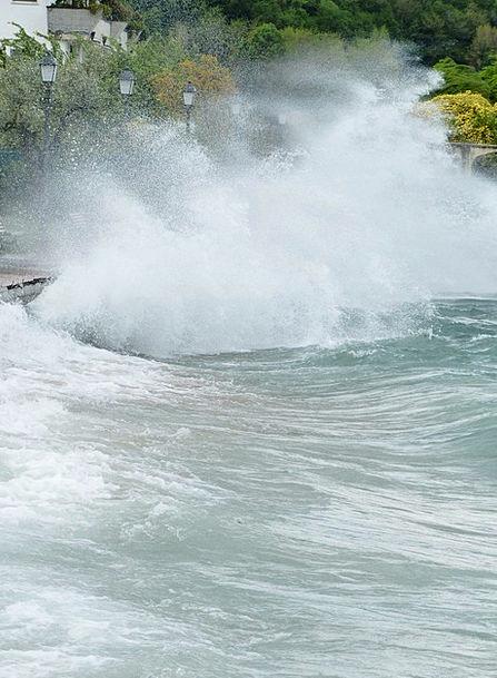 Wave Upsurge Vaccinate Breakwater Mole Inject Wint