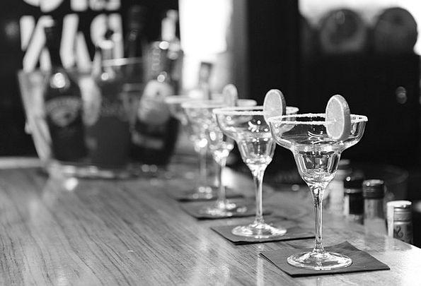 Glasses Spectacles Saloon Cocktails Concoctions Ba