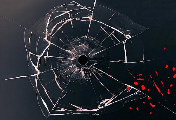 Glass-Cut-glass-Blood-Bullet-Window-Free