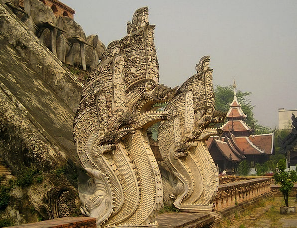 Temple Shrine Dragons Thailand Snake Heads Southea