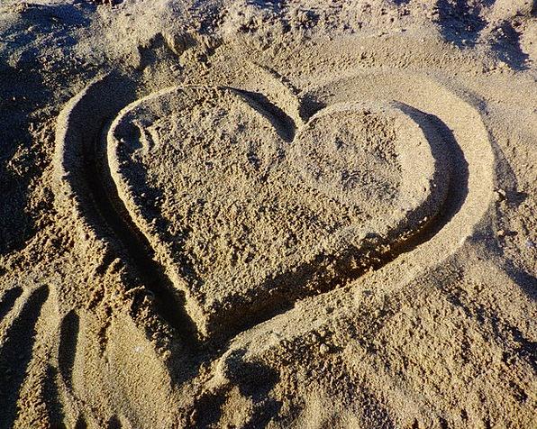 Heart Emotion Darling Sand Shingle Love In Love En