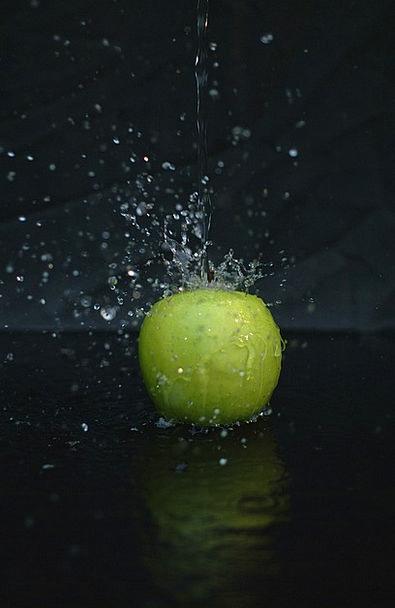 Apple Aquatic Drop Droplet Water Detail Black Dark