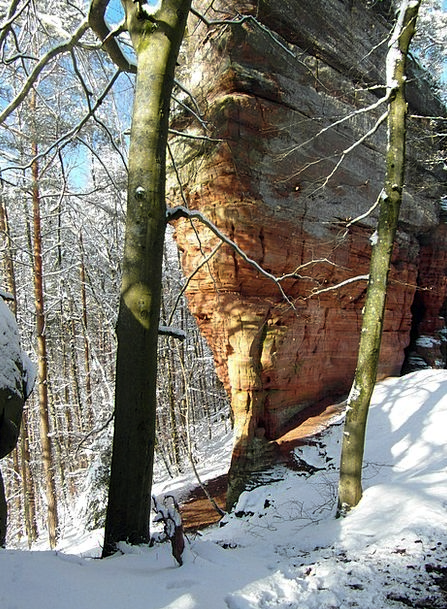 Rock Pillar Hike Winter Season Climb Holiday Touri