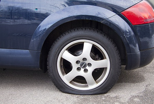 Flatfoot Flat Tire Flat Senselessly Mature Acciden