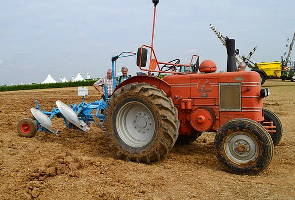 Tractor Craft Ancient Industry Agriculture Farming