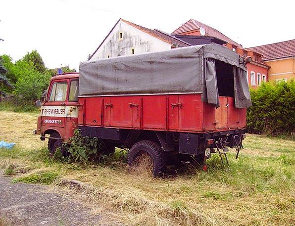 Fire Passion Old Vehicle Fire Truck Scrap Argument
