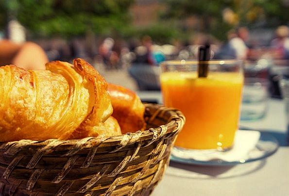 Breakfast Mealtime Basket Bag Croissants Cafe Oran