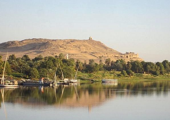 Nile River Riverside Waterside Nile River Stream D