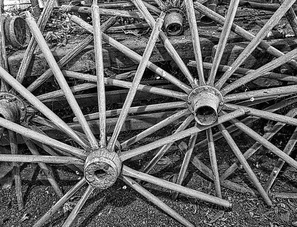 Wagon Wheels Traffic Rods Transportation Vintage O