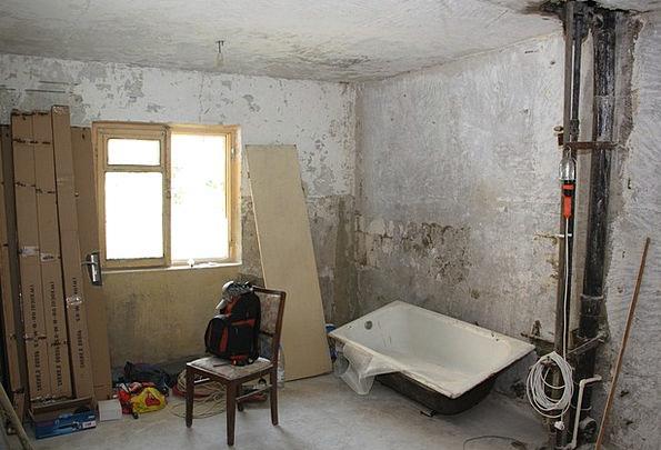 Apartment Bed-sitter Buildings Destruction Archite