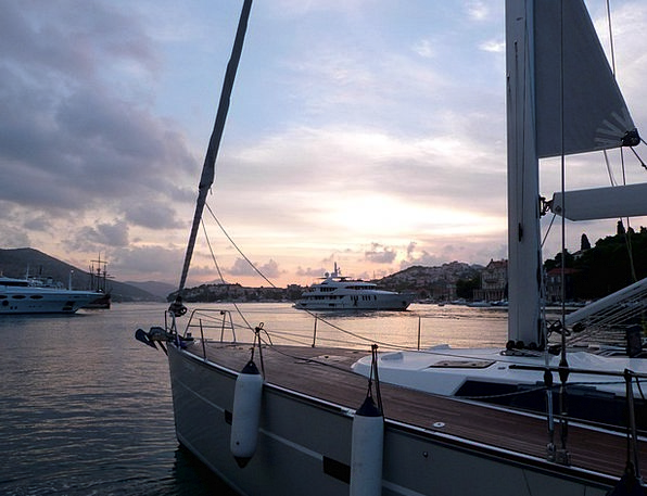 Sailboat Dinghy Vacation Delivery Travel Port Harb