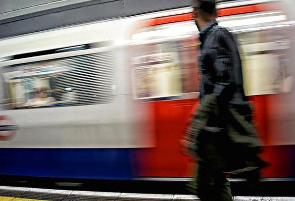 London Subversive Train Pullman Underground Englan